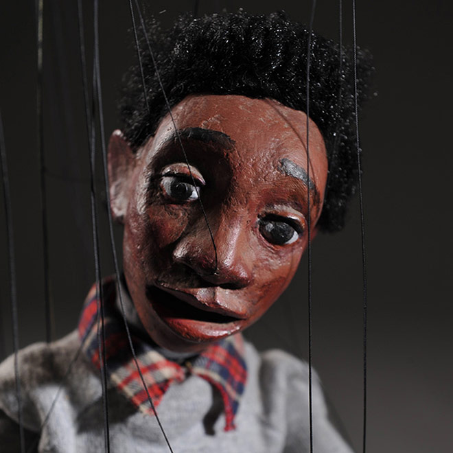 Cashore Marionettes - close up of a Marionette's face